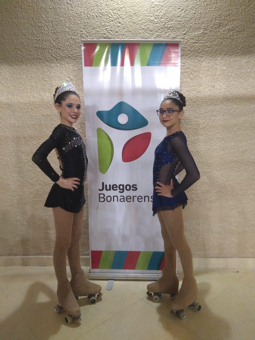 PATIN. Valentina Servat y Priscila Vera, en su primera presentación. Mañana vuelven a la pista